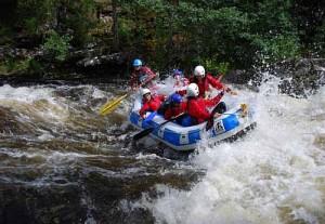 White water rafting Scotland 500 x 345