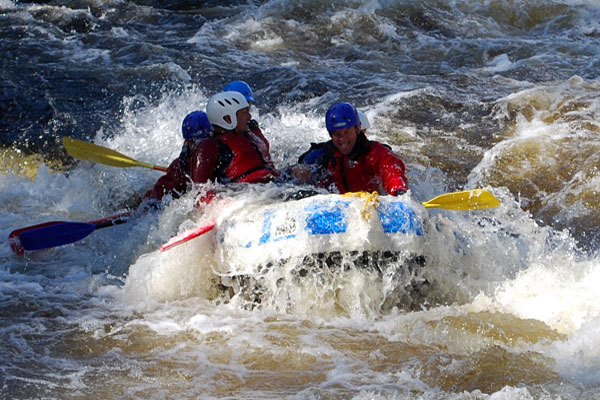 white water rafting gift voucher Scotland