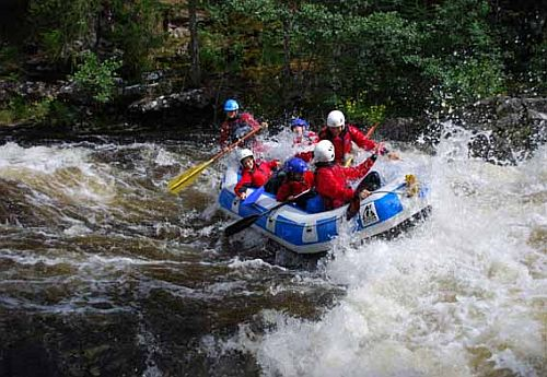 White Water Rafting with Active Highs