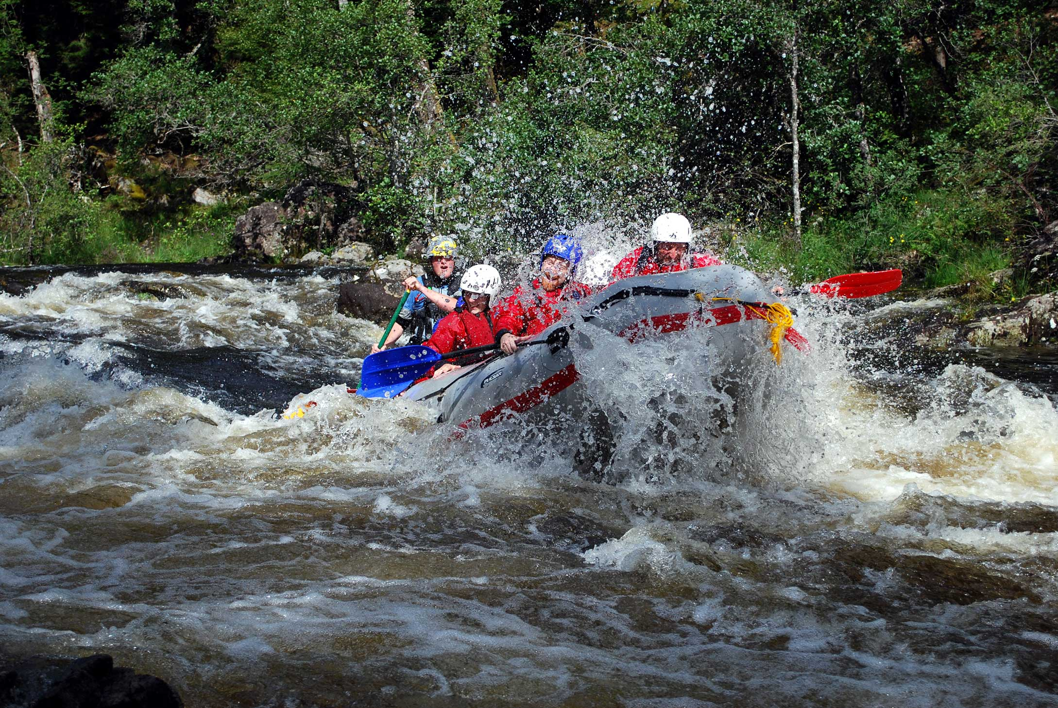 White water rafting Fort William with Active Highs